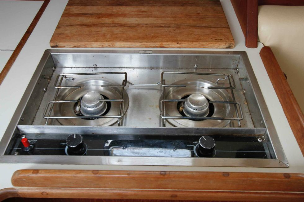 Island Packet 27 Propane Stove (presently In-Op)