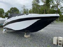 2020 Hurricane SD 217 OB