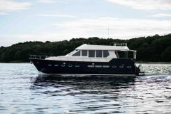 2005 Alm Trawler 58