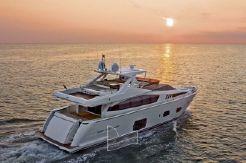 2010 Ferretti Yachts 800 HT