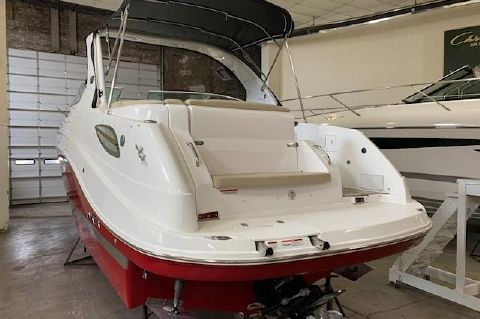 2016 Rinker 290 Express Cruiser