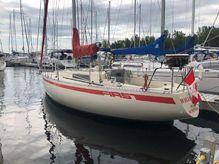 1981 Beneteau First 30