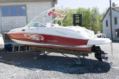 2005 Monterey 263 Explorer Sport