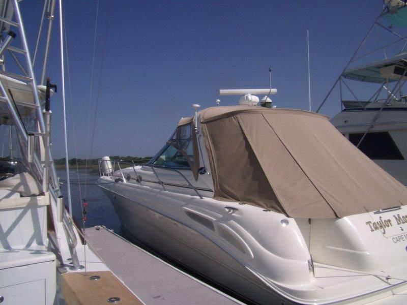 2002 Sea Ray 410 Express Cruiser - Profile 4 - With Cockpit Cover
