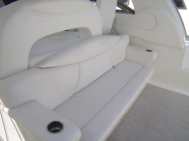 2002 Sea Ray 410 Express Cruiser - Cockpit 1 - Lounge Seat