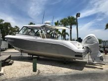 2019 Everglades 340 DC