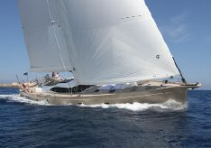 2013 Oyster 885
