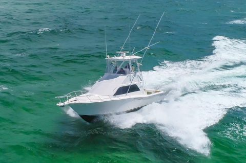 2005 Cabo 35 Flybridge Sportfisher - Running 1