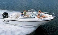 2006 Boston Whaler VENTURA 210