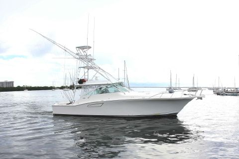 2003 Cabo 45 Express