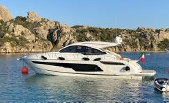 2020 Fairline 48 Targa