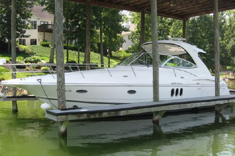 2007 Cruisers Yachts 420 Express - Photo 1