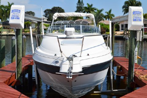 2001 Glastron 249 GS - Glastron 249 GS Bow View