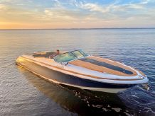 2014 Chris-Craft Corsair 32 / 34 FT
