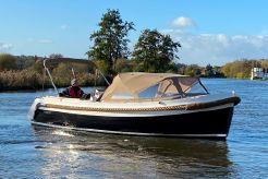 2016 Interboat Intender 820