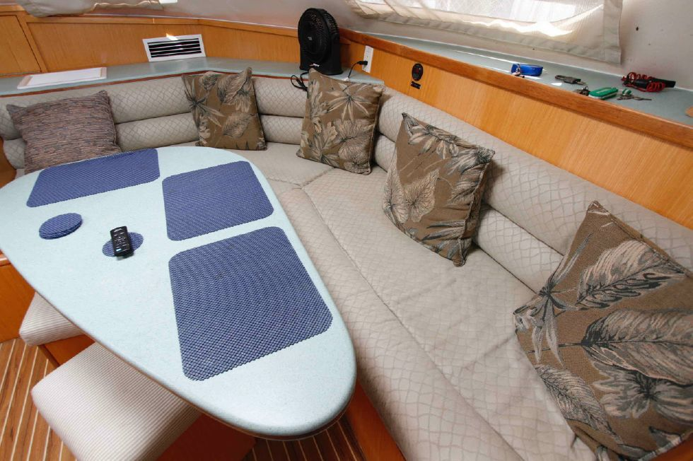 Manta 42 Mark IV Neutral Upholstrey