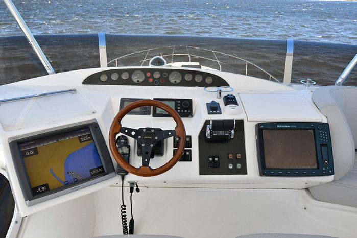 2005 Viking Sport Cruisers Broker BoatsalesListing