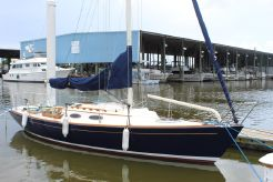 2010 Alerion 28 with Trailer!