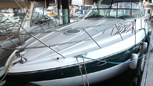 Maxum 3700 Sport Yacht Under Cover Kept Maxum 3700
