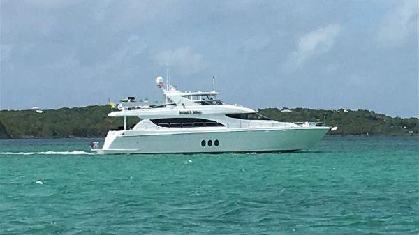 Hatteras Motor Yacht Bahamas   2017