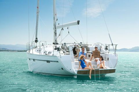 2019 Bavaria Cruiser 51 - Manufacturer Provided Image: Bavaria Cruiser 51 Stern