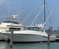 2017 Tiara Yachts 43