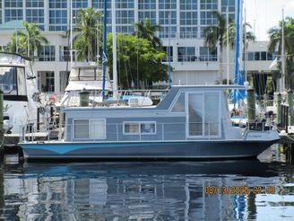 1973 Nauta-Line Houseboat
