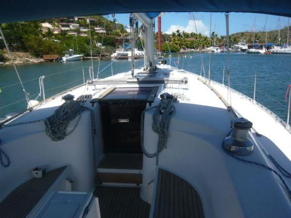 2000 Dufour 50 Classic - Companionway