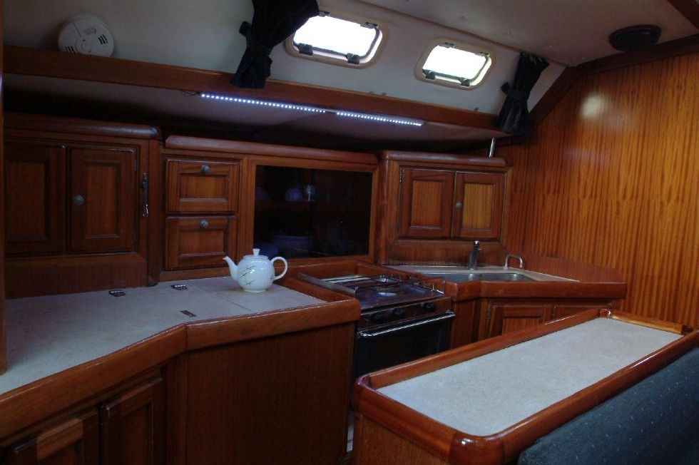 2000 Dufour 50 Classic - Galley