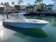 2019 Invincible 33 Open Fisherman