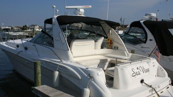 Sea Ray 400 Sundancer Photo 1