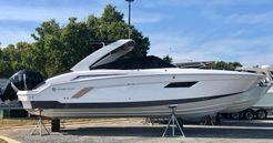 2020 Cruisers Yachts 338 CX