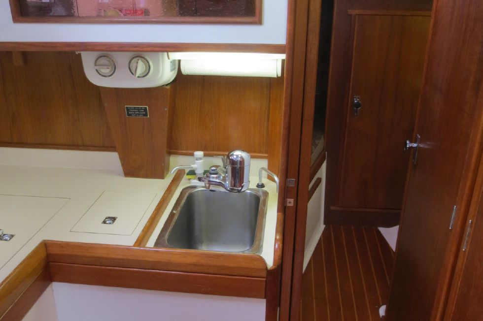 1989 Hinterhoeller Nonsuch 30 Ultra - Galley Storage