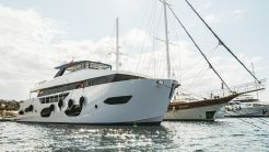 2020 Trawler BORA Boat ONYX 87