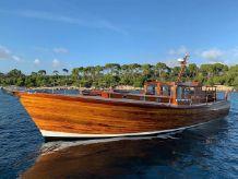 1991 Custom McMillan 48 Motor Yacht