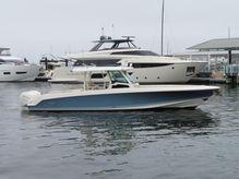 2019 Boston Whaler 380OR