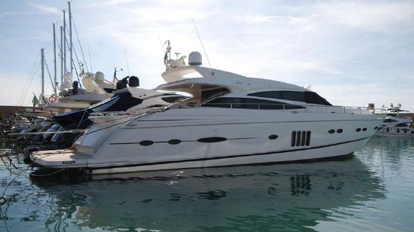 Princess V78 Princess V78 For Sale Italy 01