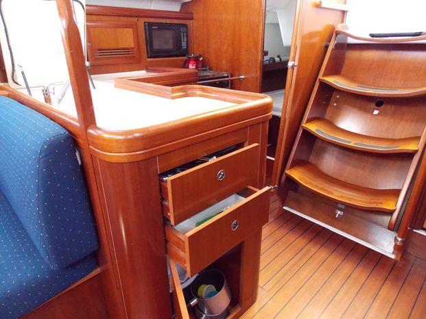 2005 Beneteau Broker Rhode Island