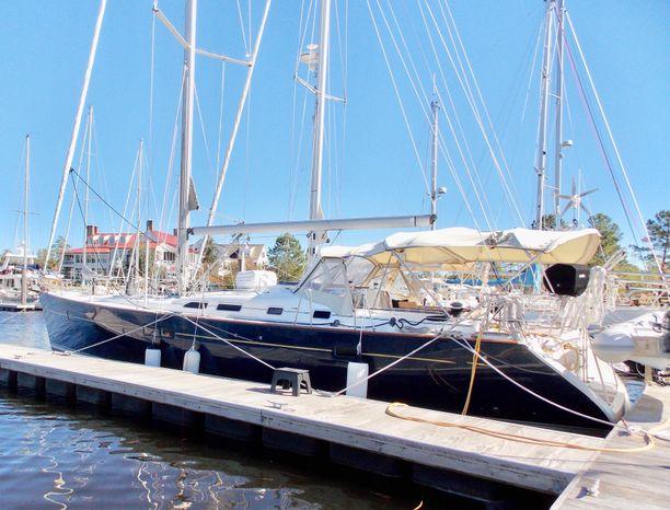 2005 Beneteau BoatsalesListing Rhode Island