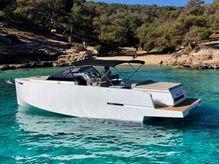 2019 De Antonio Yachts D34