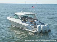 2021 Tiara Yachts 38LX
