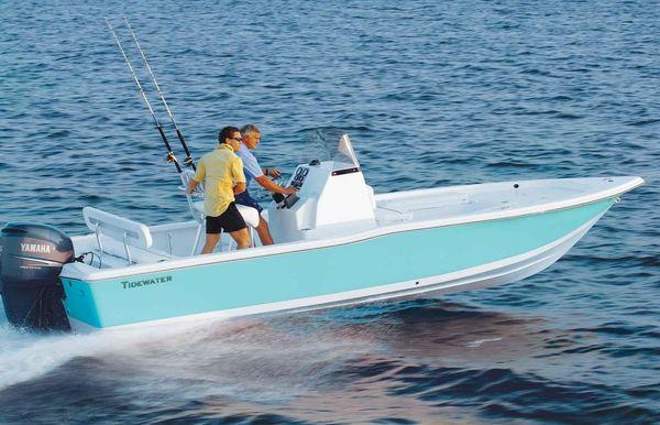 2018 Tidewater 2400 Bay Max