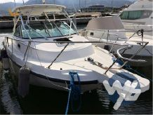 2004 Boston Whaler Conquest 275