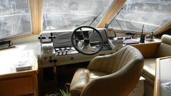 1998 Navigator sedan