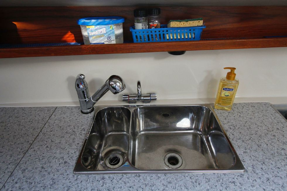 2003 Gemini 105Mc - Gemini 105MC Stainless Sink