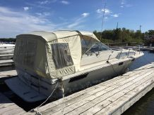1981 Bayliner 3250 Conquest Sunbridge