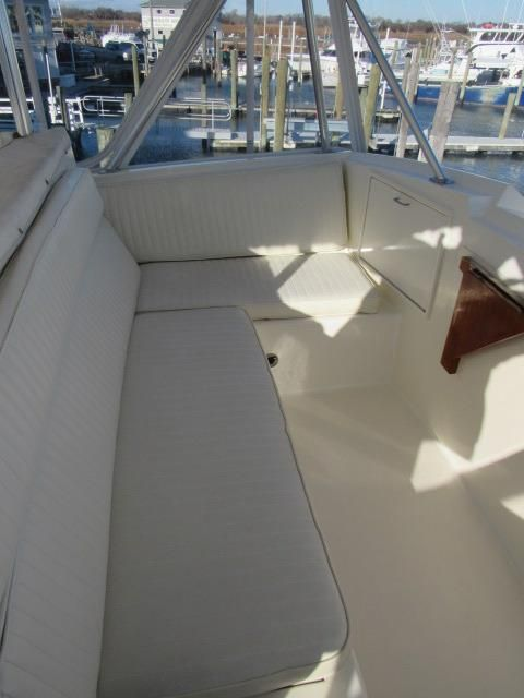 Deck 1 - Helm Seating