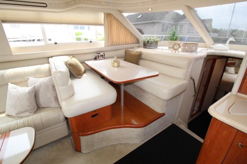 2001 Sea Ray 480 Sedan Bridge - Salon 4 - Dinette