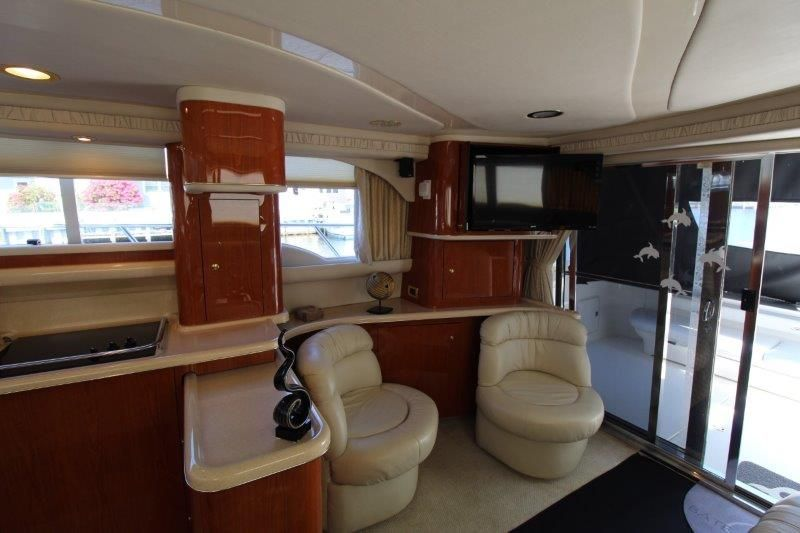 2001 Sea Ray 480 Sedan Bridge - Salon 6 - Chairs
