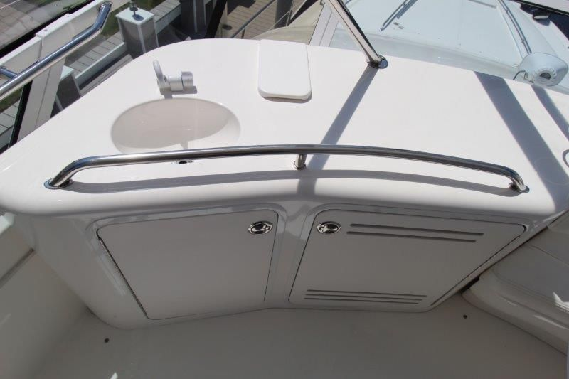 2001 Sea Ray 480 Sedan Bridge - Deck 3 - Flybridge Wetbar